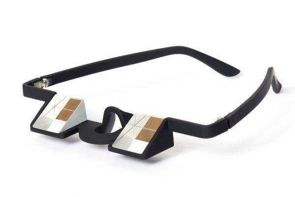 Für die Therapie beim Schielen oder das Klettern: Die Prismenbrille